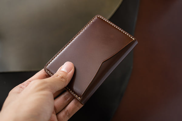 7 COLORS- Brown Shell Cordovan & Natural Leather Vertical Card Wallet