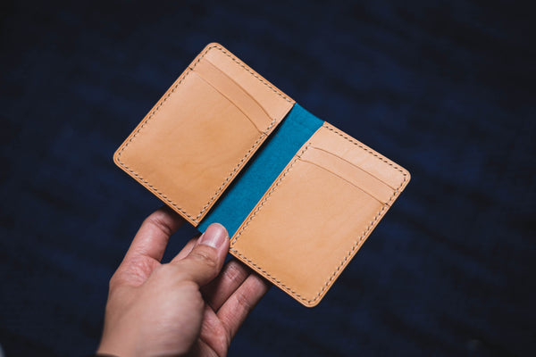 7 COLORS - Navy Blue Shell Cordovan & Natural Leather 4-Slot Vertical Card Wallet