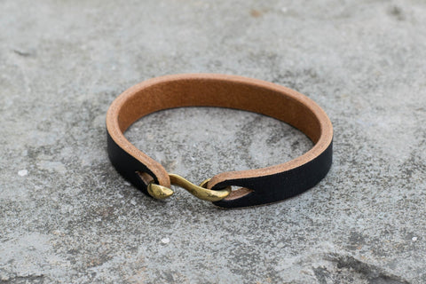 Black Vegetable-tanned Leather S Hook Bracelet