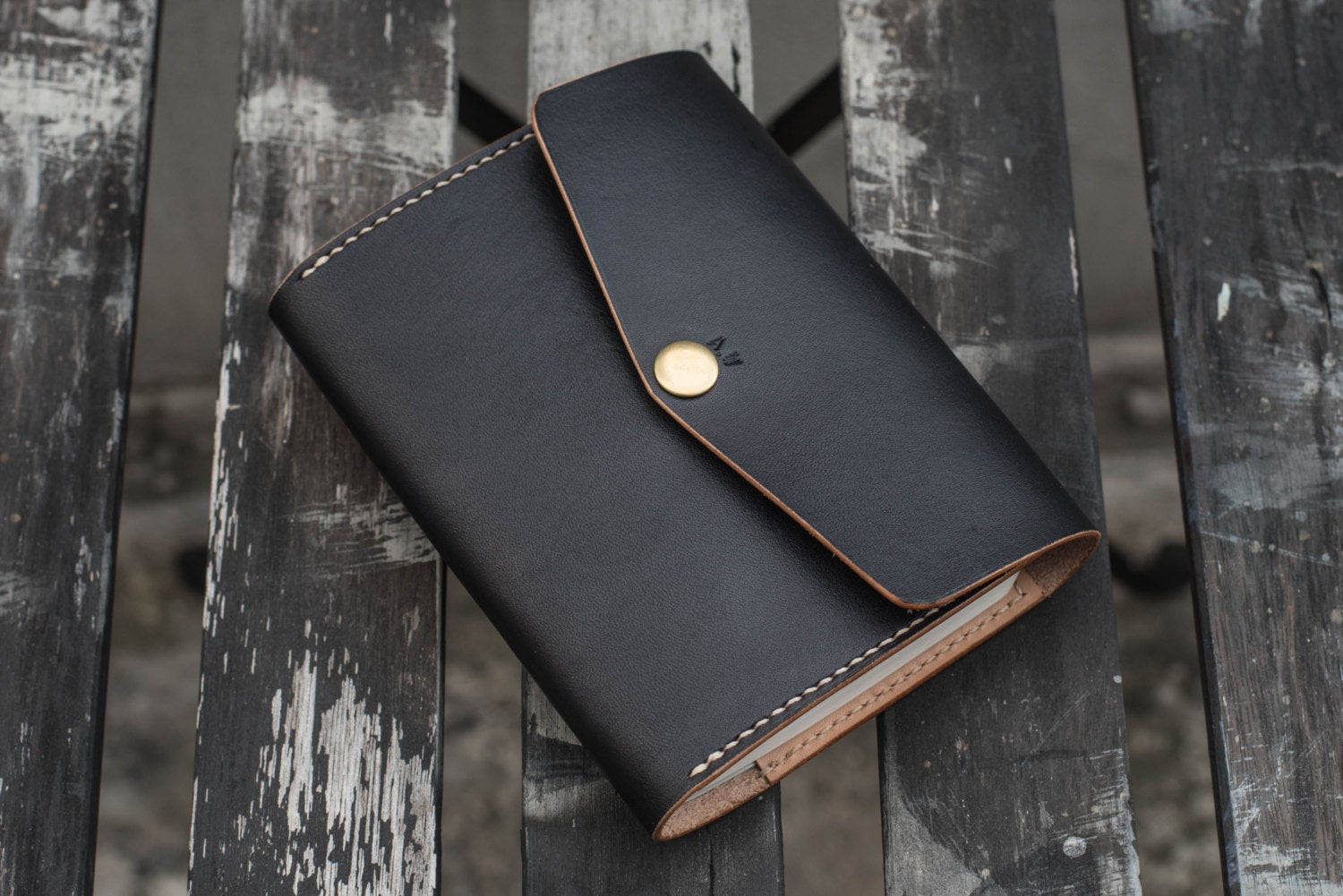 A6/Hobonichi/Midori MD Black Trifold Leather Notebook Cover