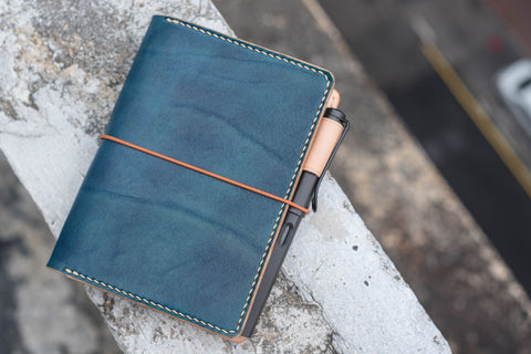 A6/Hobonichi/Midori MD Navy Blue Elastic Closure Leather Notebook Cover
