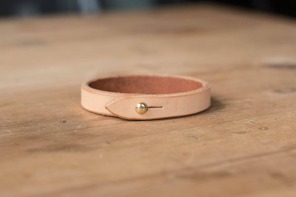 Basic Natural Vegetable-tanned Leather Bracelet