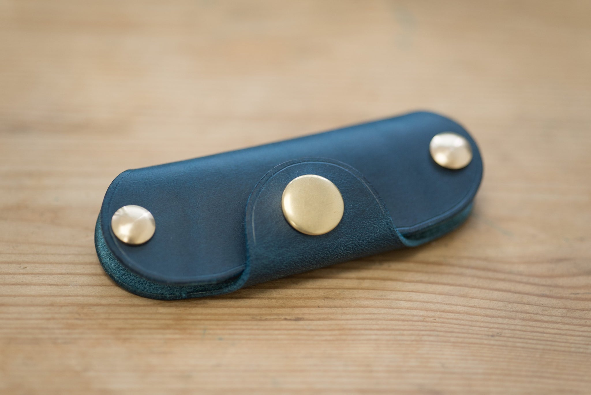 "12 COLORS - Navy Blue Buttero Leather ""Army Knife"" Key Holder - Eternal Leather Goods"