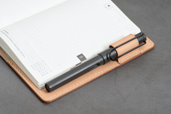 A6/Hobonichi/Midori MD Black Elastic Closure Leather Notebook Cover
