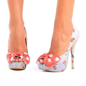 Black Sheep Peep Toe Platform