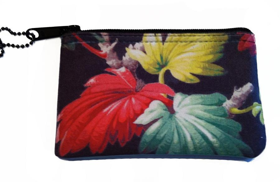 Tiki Leaf Zipper Change Purse