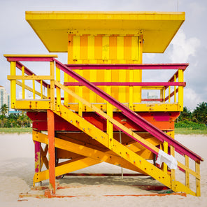 3rd Street Miami Lifeguard Stand - Front View
