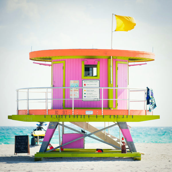 10th St. Miami Lifeguard Stand - Rear View