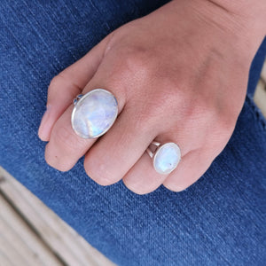 Moonstone Crystal Ring, Simple Moonstone Gemstone Ring, Birthstone Jewelry, Oval Moonstone Stone Sterling Silver Ring, Gift For Her, 6.5 M N
