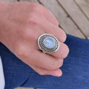 Vintage Moonstone Gemstone Ring, Boho Crystal Ring, Sterling Silver Statement Moonstone Ring, Christmas Gifts for Her, Unique Ring, 10 U