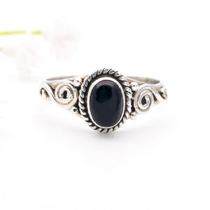 Black Onyx Dainty Sterling Silver Ring Size 8 Q