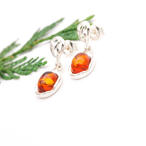 Dainty Sterling Silver Amber Dangle Earrings, Minimalist Gemstone Silver Drop Earrings, Short Amber Stone Oval Dangle Earrings, Clip On
