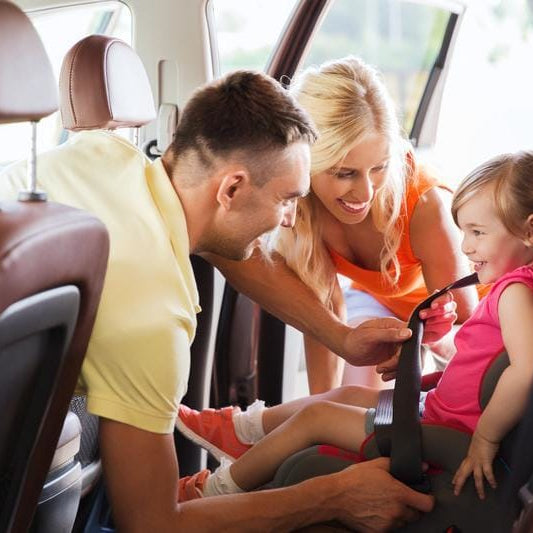 Safe Driving Habits You Can Teach Your Children While They're Young