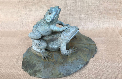 An Early 20th C Fountain Depicting Bronze Frogs