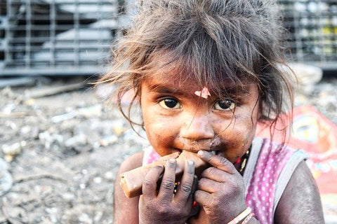 Hunger problems in refugee camps - Epimonia