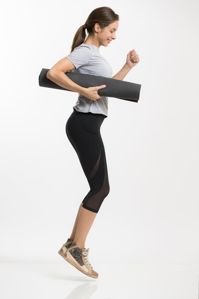 Runway Legging - Capri Leggings Kindleggings.com