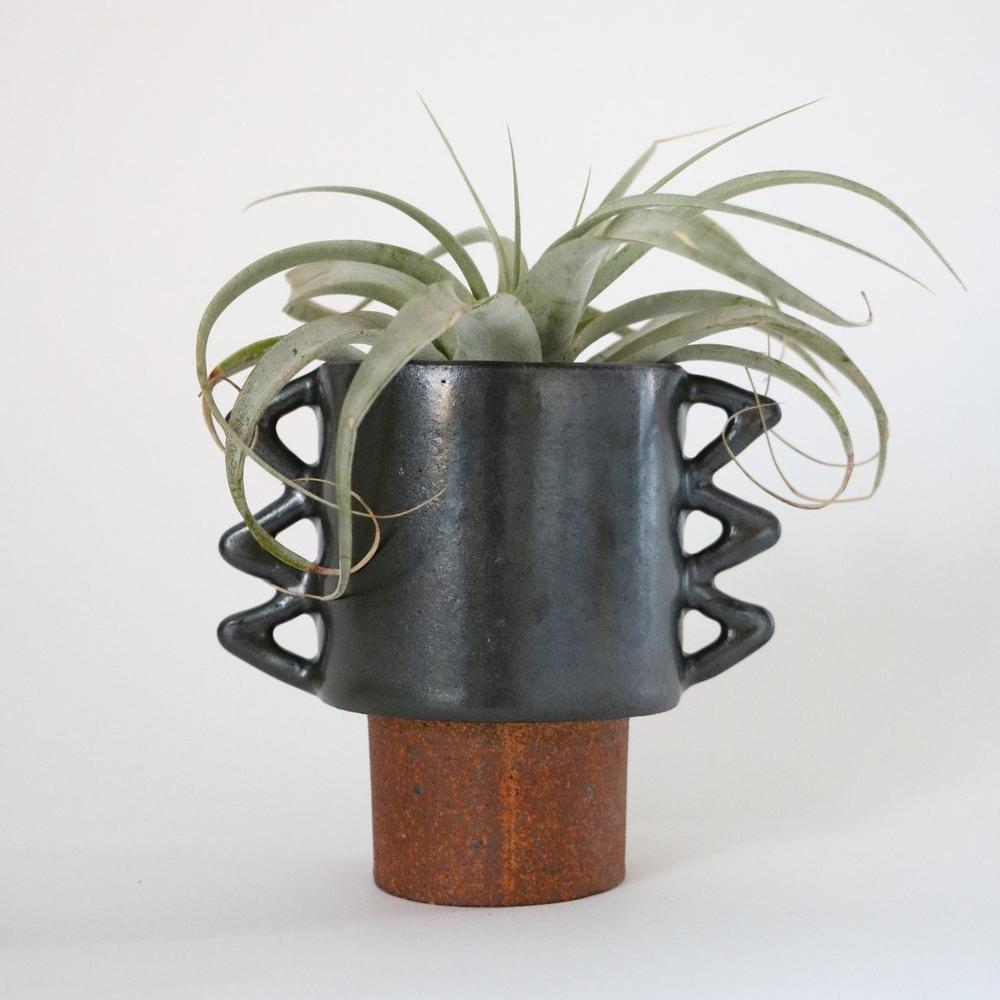 Switchback Planter