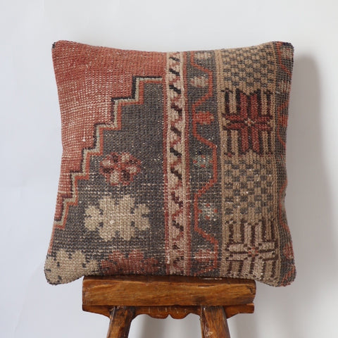 Kilim pillow no. 212