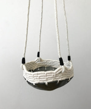 Hanging tassel basket- Black