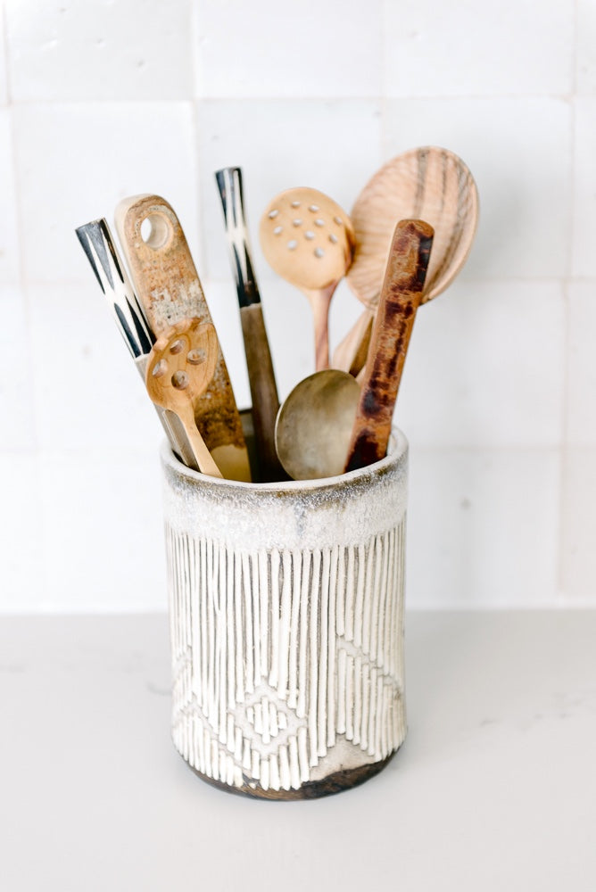 Warp Weft Utensil Holder