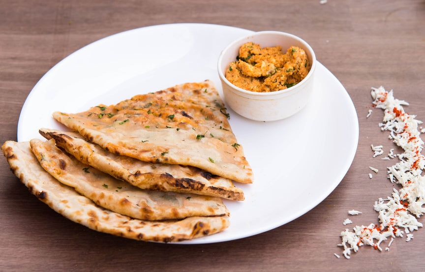 Paneer Naan With Gravy