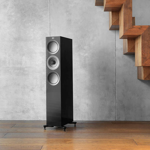 The R7 midsized floorstander is all business – KEF UK