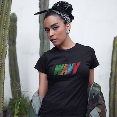 Wavy Retro Tee-Black - shopsoeclothing