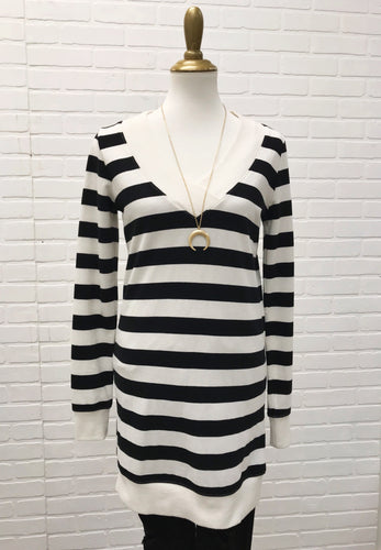 Black and White Stripe V Neck Dress