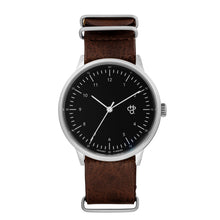 Laden Sie das Bild in den Galerie-Viewer, Harold Black (Dark-Brown strap)