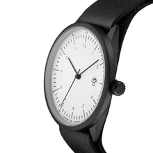 Laden Sie das Bild in den Galerie-Viewer, Harold Black/White (Black strap)