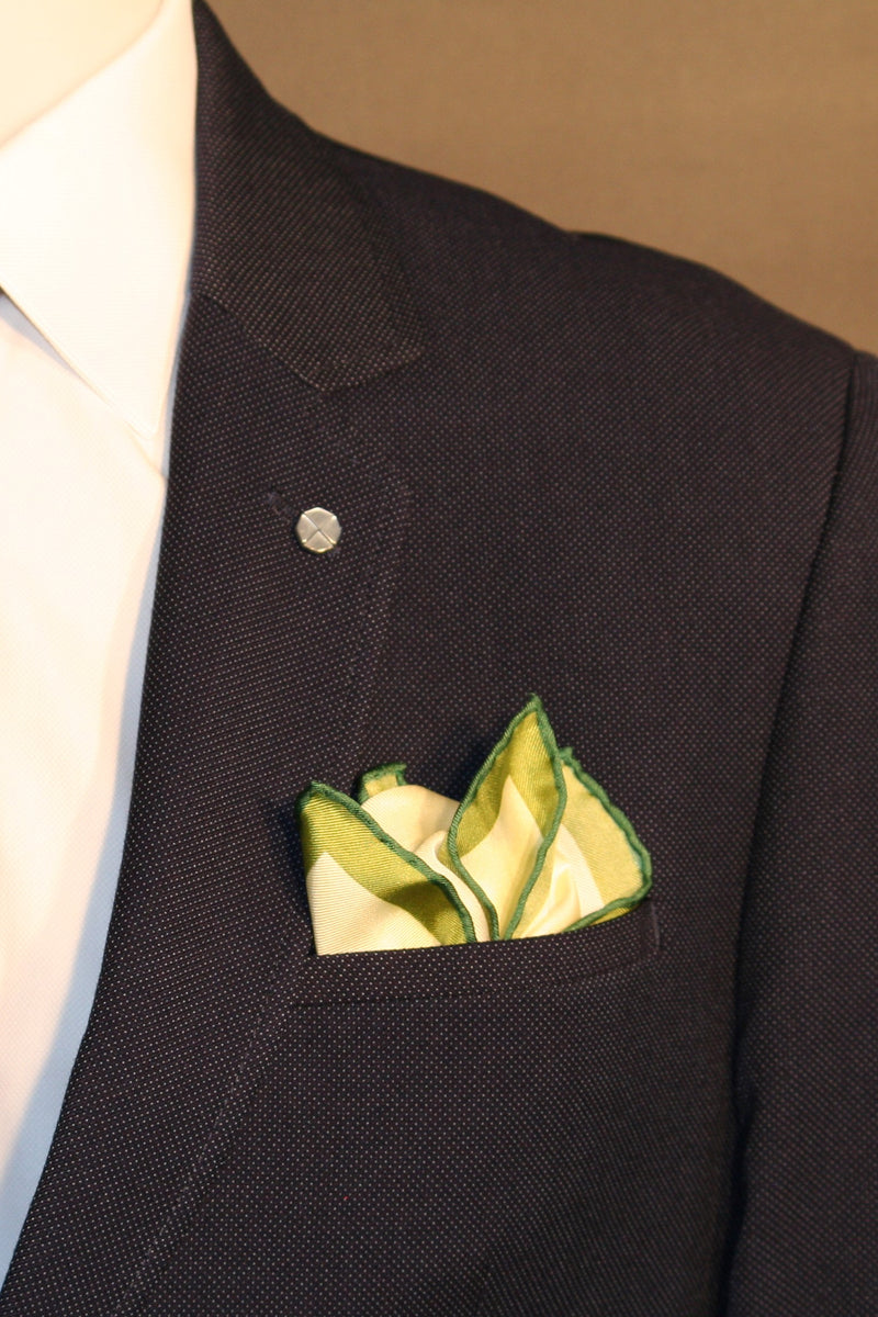 Printed silk pocket square representing the tones of spring