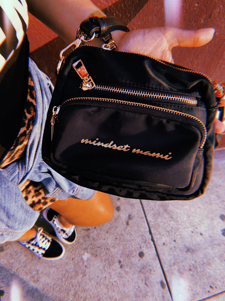 Mindset Mami ~ Money Flows to Me Bag 💰✨ BLACK