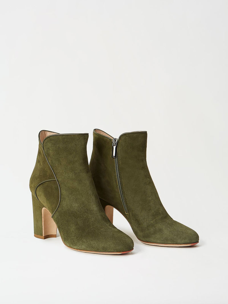 A Pair of Mavette Leo Boots Green Side-Front View