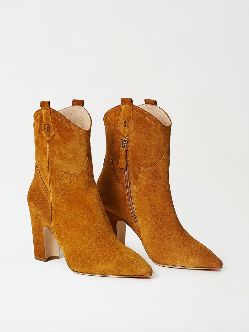 A Pair of Mavette Stella Boot Tan Front-Side View