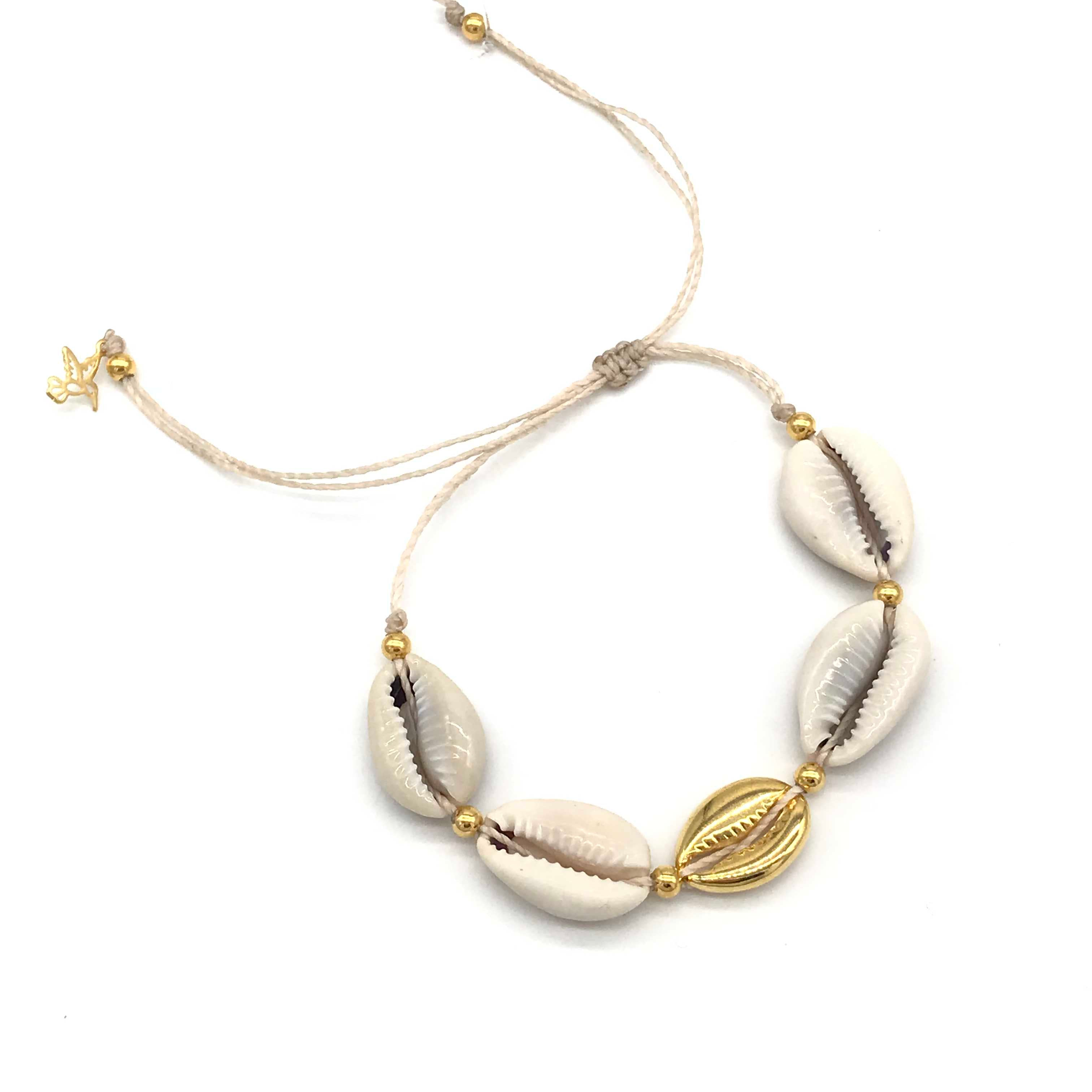 Vangania Shell Bracelet w/ ONE Gold Plated Shell