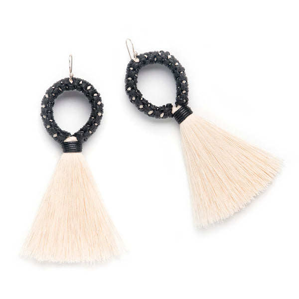 Caralarga Mazorca Natural Fiber Hoop Earrings IAH