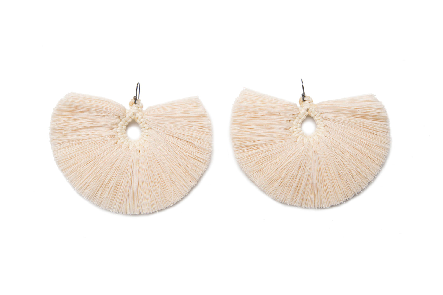 Caralarga Penacho Natural Fiber Fan Earrings IAH