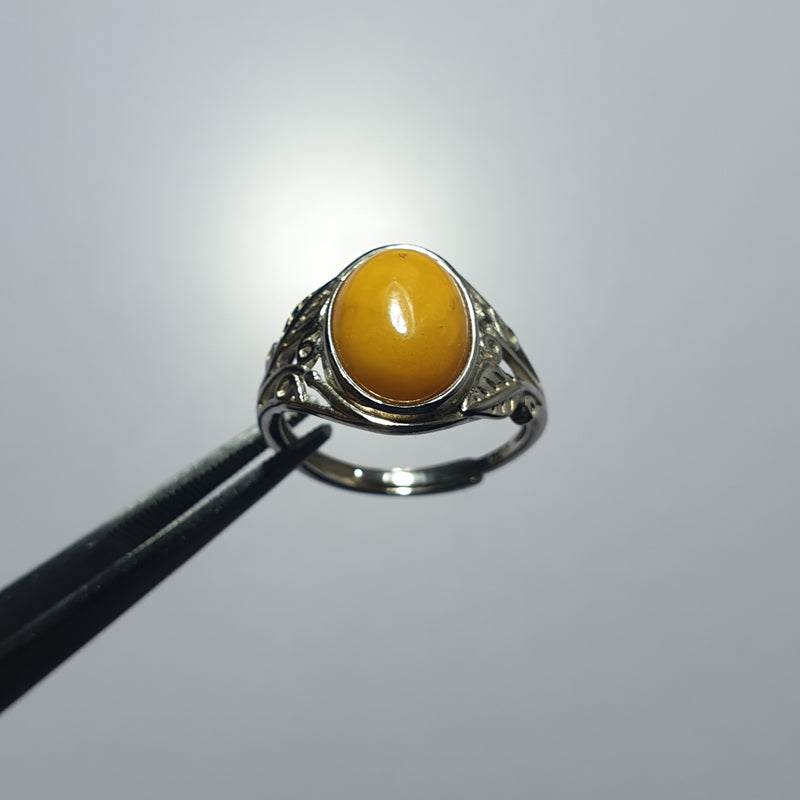 Amber Ring (adjustable)