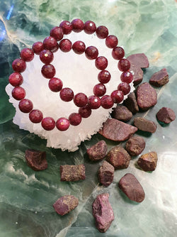 Pigeon's Blood Red Ruby 11mm faceted