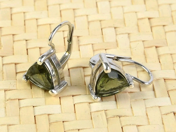 Moldavite  Trillion cut Silver+rhodium