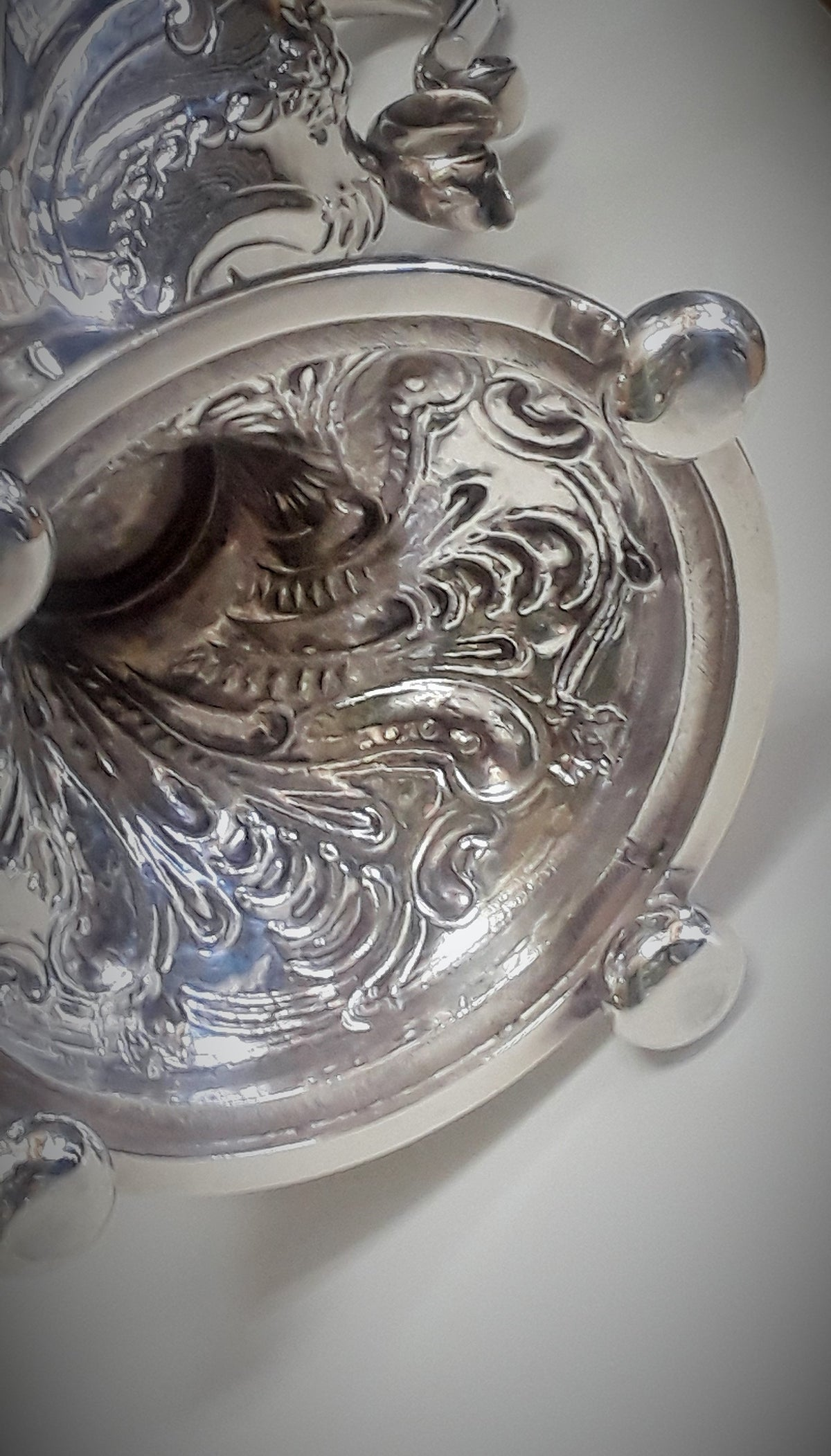 Georgian Sterling Silver Tea Urn English Late 18th/Early 19th Century