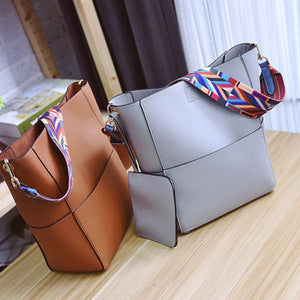 Retro Shoulder Messenger Large Capacity Handbag