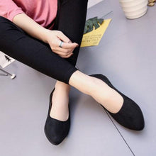 Big Size Suede Candy Color Pure Color Pointed Toe Flat Shoes