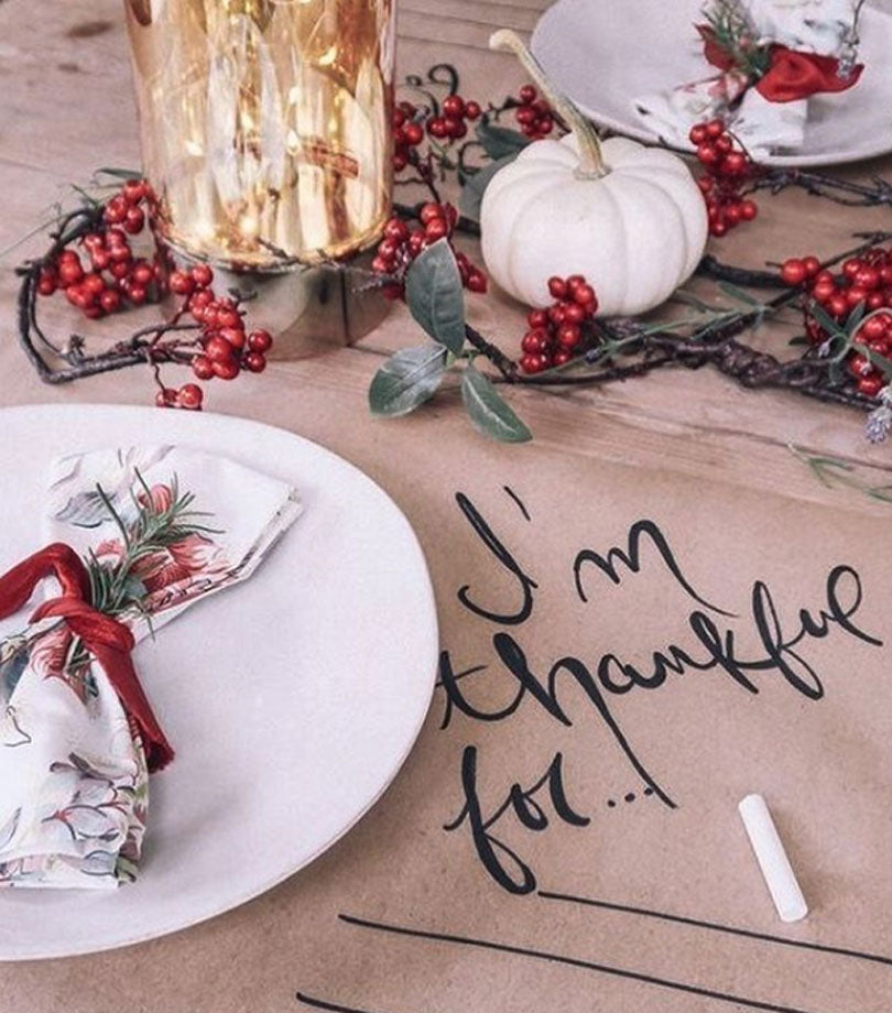 Thanksgiving-table-decor-idea-13