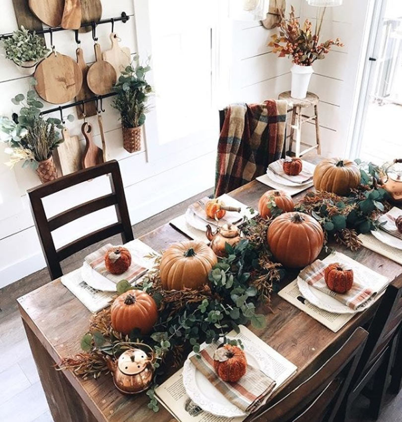 Thanksgiving-table-decor-idea-19
