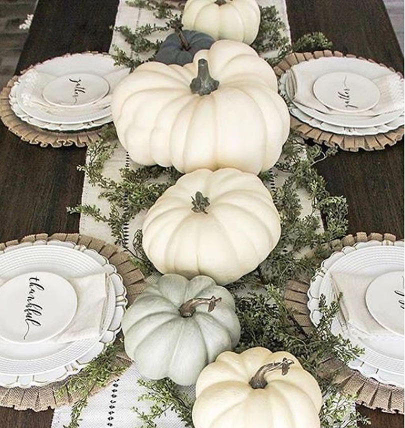 Thanksgiving-table-decor-idea-21