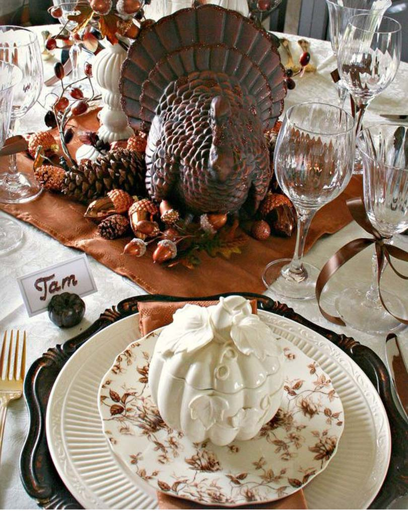 Thanksgiving-table-decor-idea-27
