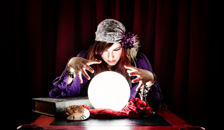 Top 9 Traditional Halloween Party Fortune Telling Games