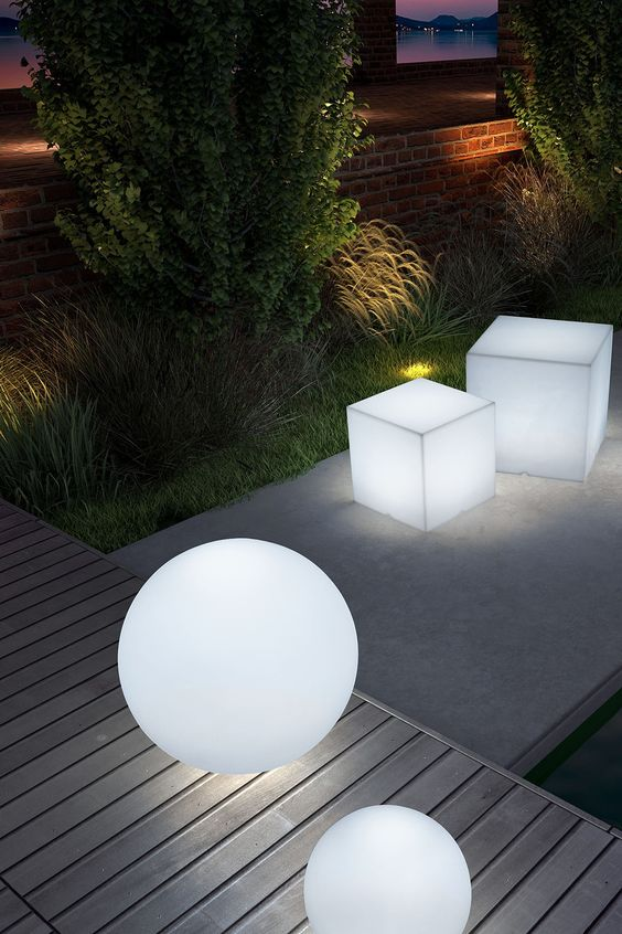loftek led glowing light for garden decoration