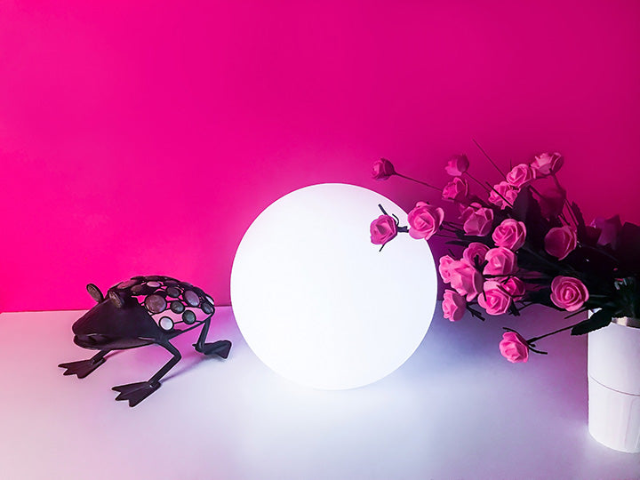 LOFTEK LED glow sphere lamp